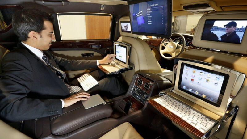 Finding The Right Luxury Taxis For Your Travel Needs